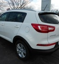 kia sportage 2012 white suv gasoline 4 cylinders front wheel drive not specified 43228
