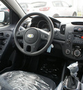 kia forte 5 door 2012 ebony black hatchback ex gasoline 4 cylinders front wheel drive automatic 19153