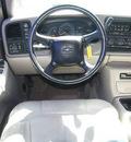 chevrolet suburban 2001 white suv 2500 lt 4x4 8 1l gasoline 8 cylinders 4 wheel drive automatic 80012