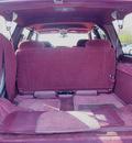 gmc suburban 1999 burgundy suv k1500 sle gasoline v8 4 wheel drive automatic 55124
