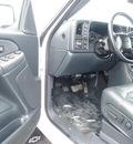 chevrolet silverado 2500 2000 white gasoline 8 cylinders 4 wheel drive automatic 55313