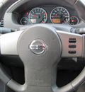 nissan pathfinder 2010 gray suv gasoline 6 cylinders 4 wheel drive automatic 33884