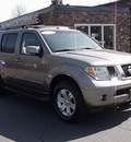 nissan pathfinder 2006 gray suv le gasoline 6 cylinders 4 wheel drive automatic 06019