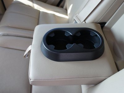 gmc yukon 2011 silver suv slt flex fuel 8 cylinders 4 wheel drive automatic 76087