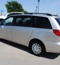 toyota sienna 2007 silver van le 7 passenger gasoline 6 cylinders front wheel drive automatic 76018