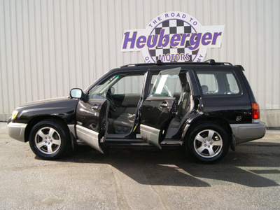 subaru forester 1998 black suv s gasoline 4 cylinders all whee drive automatic 80905