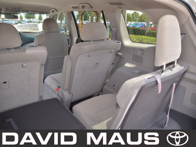 toyota highlander 2012 white suv gasoline 4 cylinders front wheel drive automatic 32771