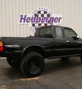 toyota tacoma 1998 black pickup truck limited gasoline 6 cylinders 4 wheel drive 5 speed manual 80905