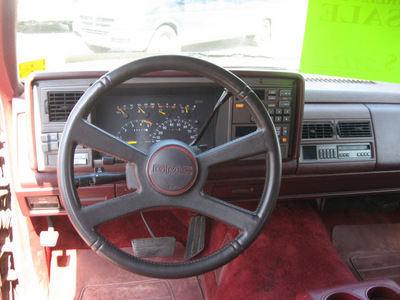 gmc suburban 1993 red suv c1500 gasoline v8 rear wheel drive automatic with overdrive 45840