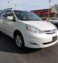 toyota sienna 2006 lt  gray van xle limited 7 passenger gasoline 6 cylinders all whee drive automatic 45036