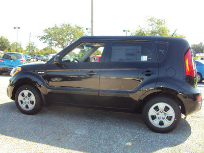 kia soul 2012 black hatchback gasoline 4 cylinders front wheel drive automatic 32901