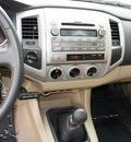 toyota tacoma 2009 black v6 4x4 gasoline 6 cylinders 4 wheel drive 6 speed manual 98371