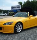 honda s2000 2004 yellow gasoline 4 cylinders rear wheel drive 6 speed manual 27569