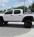 toyota tacoma 2009 white prerunner gasoline 6 cylinders 2 wheel drive automatic 33884