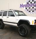 jeep cherokee 1998 white suv gasoline 6 cylinders 4 wheel drive automatic 80905