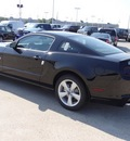 ford mustang 2013 black coupe gasoline 8 cylinders rear wheel drive 6 speed automatic 77388