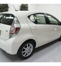 toyota prius c 2012 white hatchback four hybrid 4 cylinders front wheel drive automatic 91731