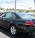volkswagen passat 2012 black sedan se pzev gasoline 5 cylinders front wheel drive 6 speed automatic 46410
