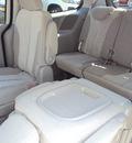 kia sedona 2012 dk  gray van lx w 3rd row seat gasoline 6 cylinders front wheel drive automatic 32901