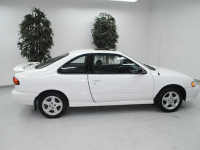 nissan 200sx 1998 white coupe se r gasoline 4 cylinders front wheel drive automatic 91731