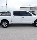 nissan titan 2008 white pickup truck se ffv flex fuel 8 cylinders 2 wheel drive automatic 77388