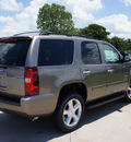 chevrolet tahoe 2013 brown suv lt flex fuel 8 cylinders 2 wheel drive 6 speed automatic 76206