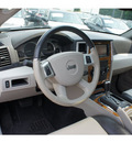 jeep grand cherokee 2009 suv limited gasoline 8 cylinders 4 wheel drive 5 speed automatic 07712