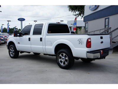 ford f 250 super duty 2011 white xlt biodiesel 8 cylinders 4 wheel drive automatic 77706