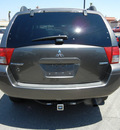 mitsubishi endeavor 2005 gray suv limited gasoline 6 cylinders front wheel drive automatic 79925