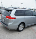 toyota sienna 2011 silver van xle mobility 7 passenger gasoline 6 cylinders front wheel drive automatic 76011