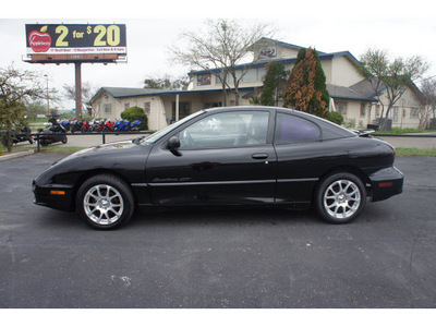 pontiac sunfire 2002 black coupe gt gasoline 4 cylinders front wheel drive 5 speed manual 76543