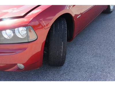 dodge charger 2006 red sedan rt gasoline 8 cylinders rear wheel drive shiftable automatic 77074
