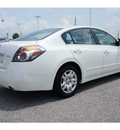 nissan altima 2011 white sedan 2 5 s gasoline 4 cylinders front wheel drive automatic 77471
