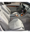 mercedes benz sl class 2004 silver sl500 gasoline 8 cylinders rear wheel drive 7 speed 78214