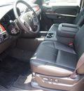 chevrolet suburban 2012 black suv lt 1500 flex fuel 8 cylinders 2 wheel drive automatic 76051