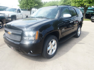 chevrolet tahoe 2012 black suv lt flex fuel 8 cylinders 4 wheel drive not specified 76051