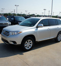 toyota highlander 2012 silver suv 4 cylinders automatic 76116