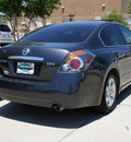 nissan altima 2008 dk  gray sedan 2 5 s gasoline 4 cylinders front wheel drive automatic 75070