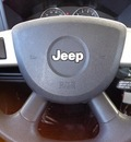 jeep commander 2010 white suv sport gasoline 6 cylinders 2 wheel drive automatic 78577