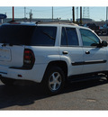 chevrolet trailblazer 2005 white suv ls gasoline 6 cylinders 4 wheel drive automatic with overdrive 77008