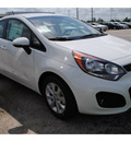 kia rio5 2013 clear white wagon ex gasoline 4 cylinders front wheel drive 6 speed automatic 77539