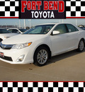 toyota camry 2012 white sedan xle v6 gasoline 6 cylinders front wheel drive automatic 77469