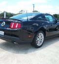 ford mustang 2012 black coupe v6 premium gasoline 6 cylinders rear wheel drive automatic 76567