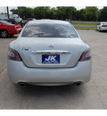 nissan maxima 2012 silver sedan 3 5 s gasoline 6 cylinders front wheel drive automatic with overdrive 77627