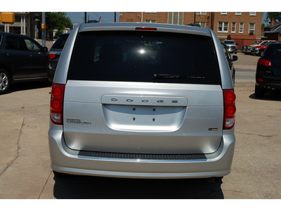 dodge grand caravan 2011 silver van mainstreet flex fuel 6 cylinders front wheel drive automatic with overdrive 76520