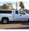 dodge dakota 2007 white pickup truck slt gasoline 6 cylinders rear wheel drive automatic with overdrive 77531