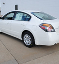 nissan altima 2012 white sedan 2 5 s gasoline 4 cylinders front wheel drive automatic 75150
