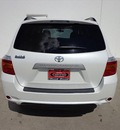 toyota highlander 2010 white suv base gasoline 6 cylinders front wheel drive automatic 78577