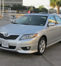 toyota camry 2011 silver sedan se gasoline 4 cylinders front wheel drive automatic with overdrive 77074