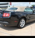 ford mustang 2010 black gasoline 6 cylinders rear wheel drive automatic 77090
